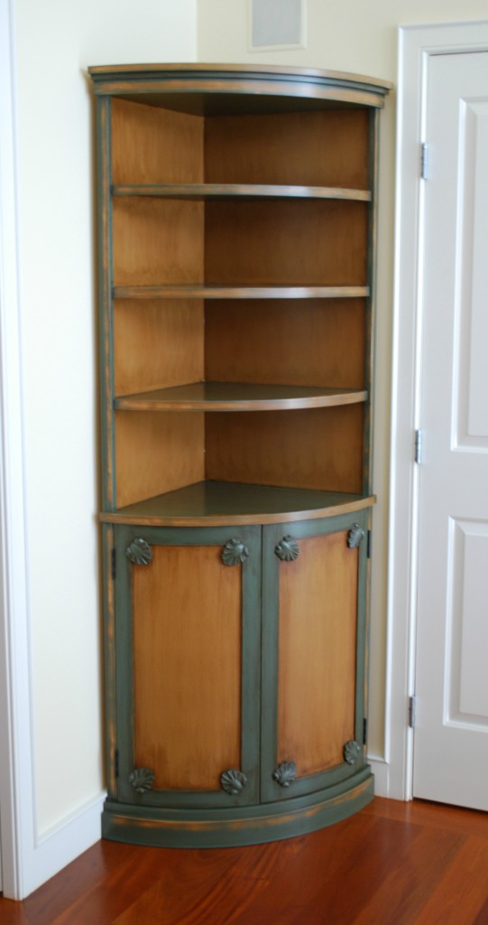 Cutler Corner Hutch